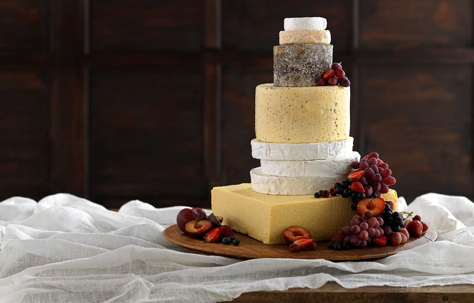 build your own cheese wedding cake how to make your own cheese wedding cake wedding cake 12215