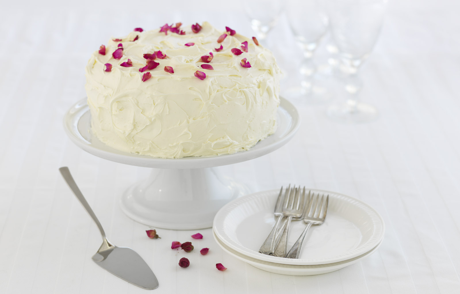 Red Velvet, Raspberry White Chocolate Ice Cream Cake | Ice ...